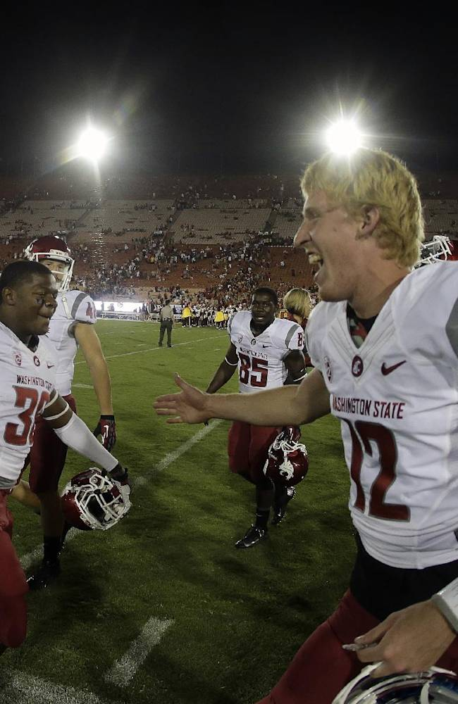 Washington State wins ugly over No. 25 USC, 10-7