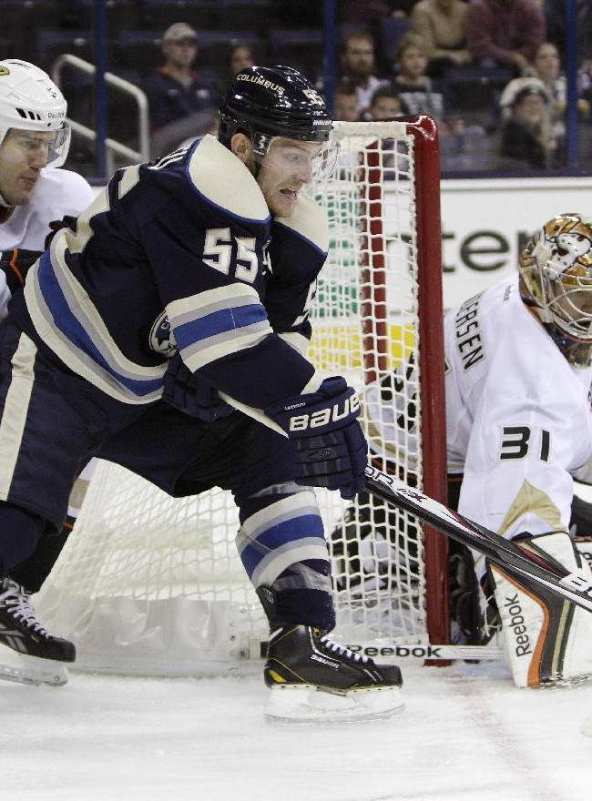 Ducks slip past Blue Jackets 4-3