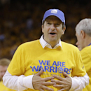 Golden State Warriors owner Peter Guber during Game 4 of a Western Conference semifinal NBA basketball playoff series between the Golden State Warriors and the San Antonio Spurs in Oakland, Calif., Sunday, May 12, 2013. (AP Photo/Jeff Chiu)