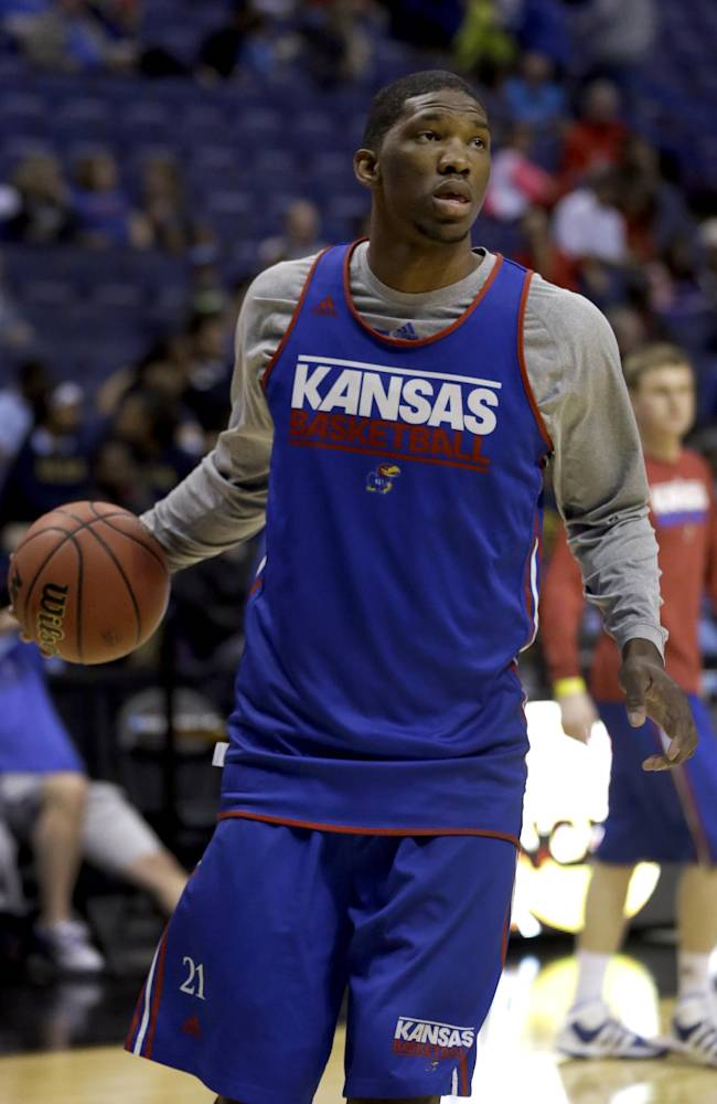 Jayhawks center Embiid declares for NBA draft