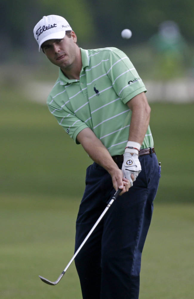 Martin shows composure, keeps Zurich Classic lead