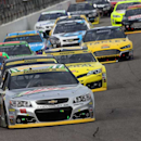 Dale Jr. runs out of tires, salvages top 10