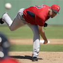 Pelfrey goes 2 shutout innings, Twins beat Red Sox The Associated Press