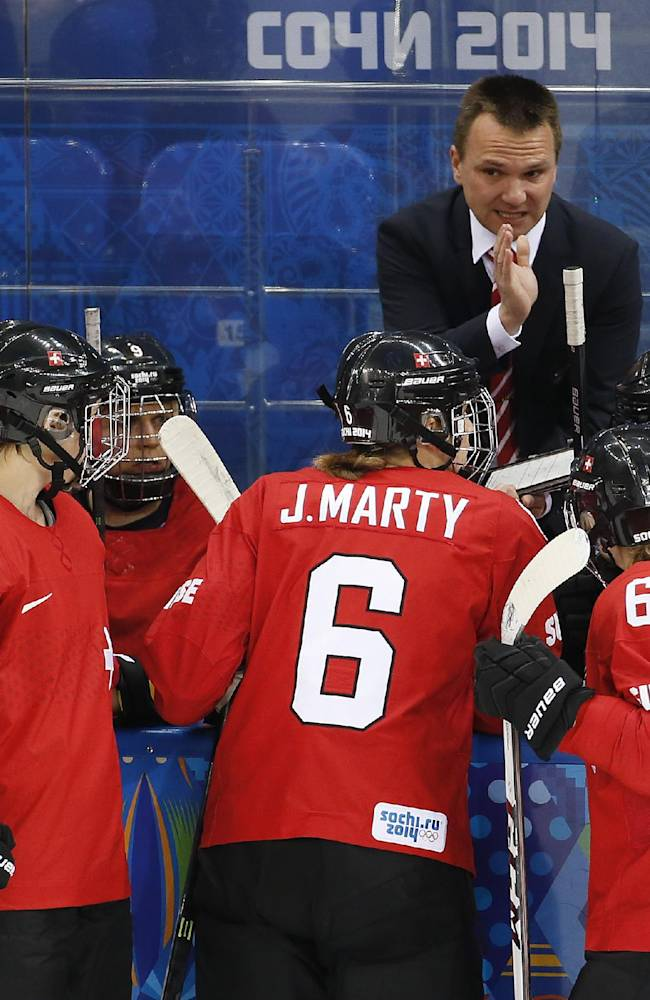 Canada women beat Swiss 3-1, will play for gold