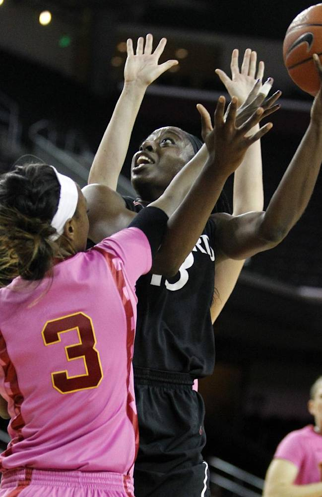 Ogwumike leads Stanford women over USC