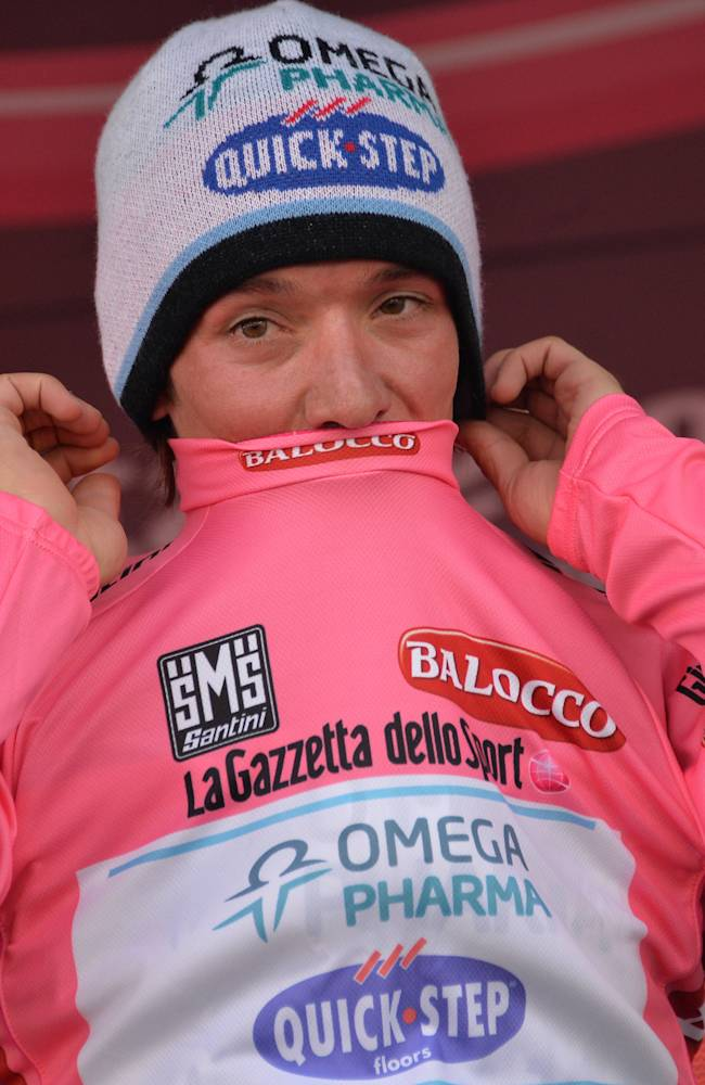 Aru wins tough 15th Giro stage; Uran retains lead