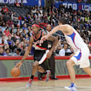 LOS ANGELES, CA - OCTOBER 24: Will Barton #5 of the Portland Trail Blazers drives to the basket against Hedo Turkoglu #15 of the Los Angeles Clippers during the game on October 24, 2014 at the Staples Center in Los Angeles, California. (Photo by Juan O'Campo /NBAE via Getty Images