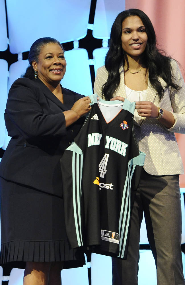 Charles back home to play for New York Liberty