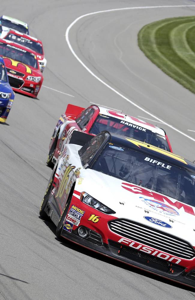 Biffle, Edwards not on same page after Mich race