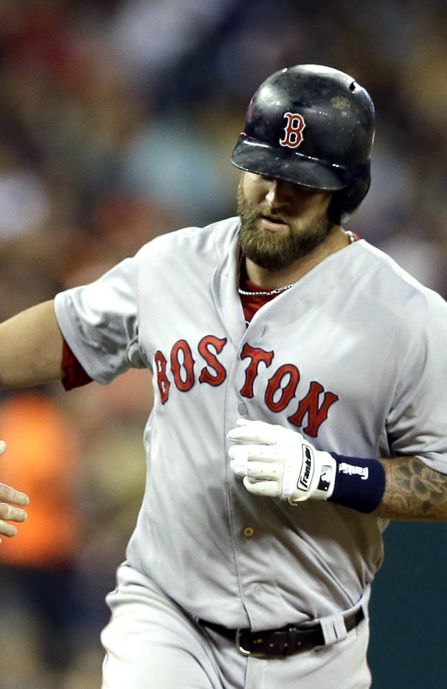 Ortiz's homer in 9th lifts Red Sox over Tigers 5-3