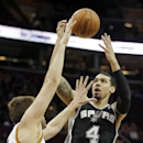 Green scores 24, Spurs beat Cavaliers 122-101 The Associated Press