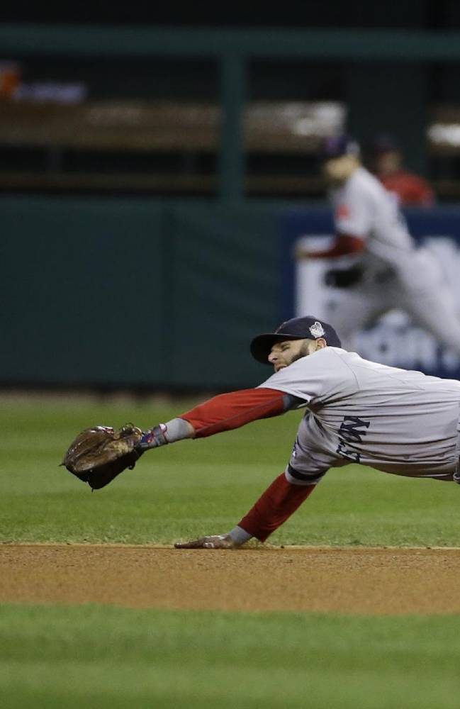 Gomes, Red Sox beat Cards 4-2 to even WS at 2-all