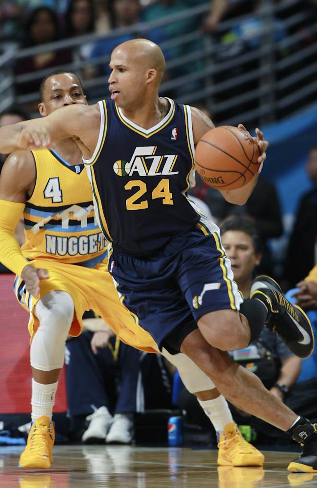 Faried helps Nuggets rally past Jazz 101-94