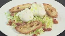 How To Prepare Poached Egg Salad