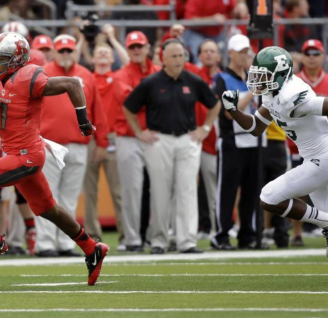 Eastern Michigan defensive back Mario Swann, right, (25) can't catch Rutgers' Quron Pratt (7) as he runs a kick off back for a touchdown during the first half of an NCAA college football game in Piscataway, N.J., Saturday, Sept. 14, 2013