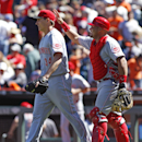 Bailey takes no-hit bid into 7th, Reds beat Giants The Associated Press
