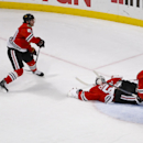 CORRECTS GOAL SCORER TO ERIK COLE- Dallas Stars left wing Erik Cole (72) scores a goal past Chicago Blackhawks goalie Corey Crawford (50) during the third period of an NHL hockey game in Chicago, Sunday, Jan. 18, 2015. The Stars won 6-3 The Associated Pre