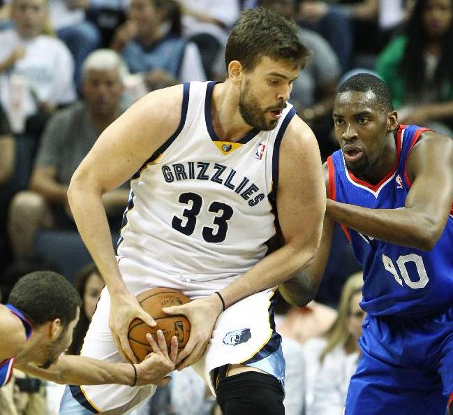 Gasol, Miller lead Grizzlies past Sixers, 117-95
