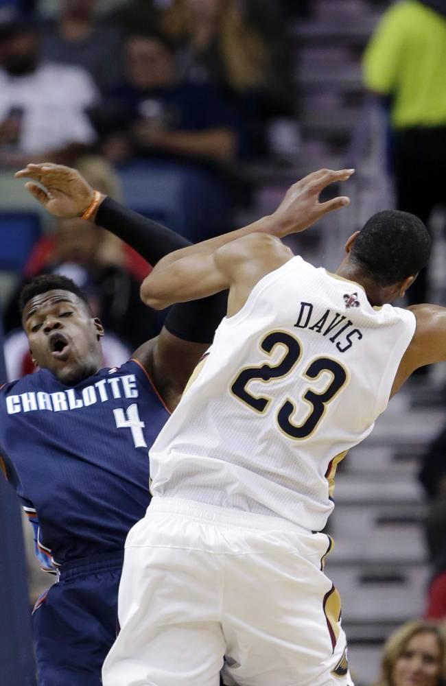 Pelicans get 1st win, beat Bobcats 105-84