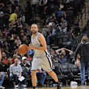 Parker returns, leads Spurs over Mavs 112-106 The Associated Press