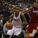 Ellis tells Bucks he will opt out of contract (Yahoo! Sports)