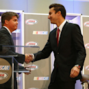 Iowa wraps NASCAR in a 'warm embrace'