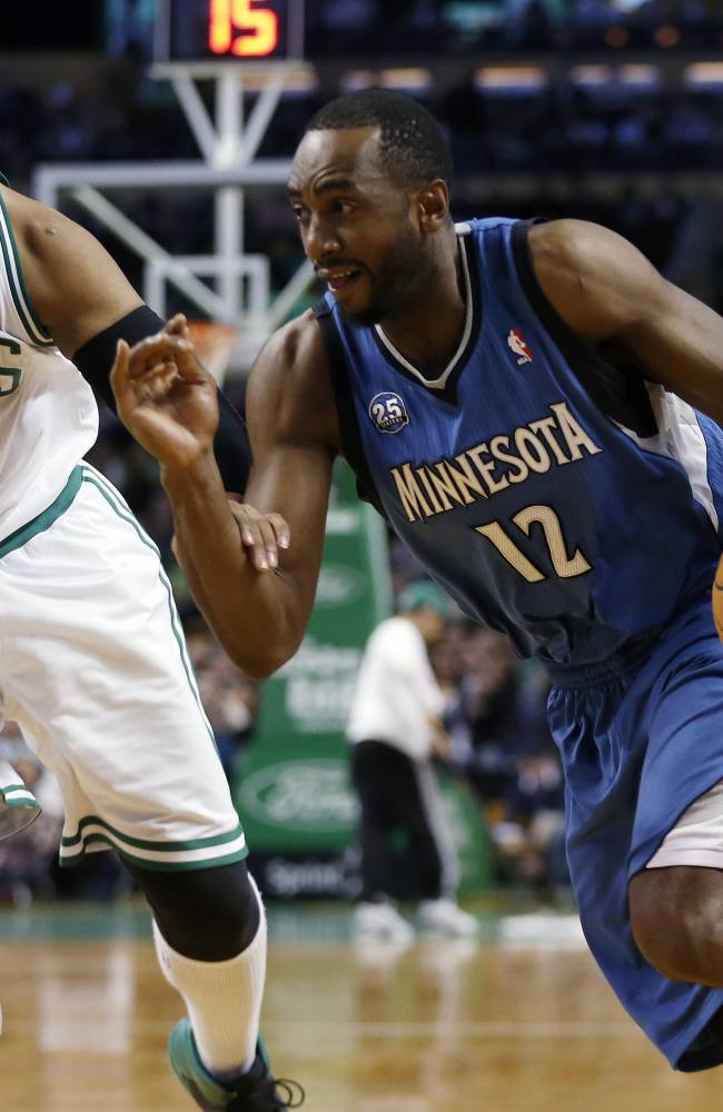 Sullinger helps Celtics beat Timberwolves 101-97