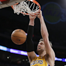 Kobe still winless after Suns beat Lakers 114-108 The Associated Press