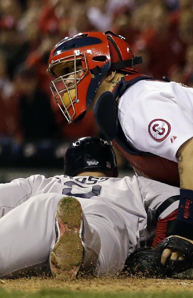 Gold Gloves: Molina wins 6th straight at catcher