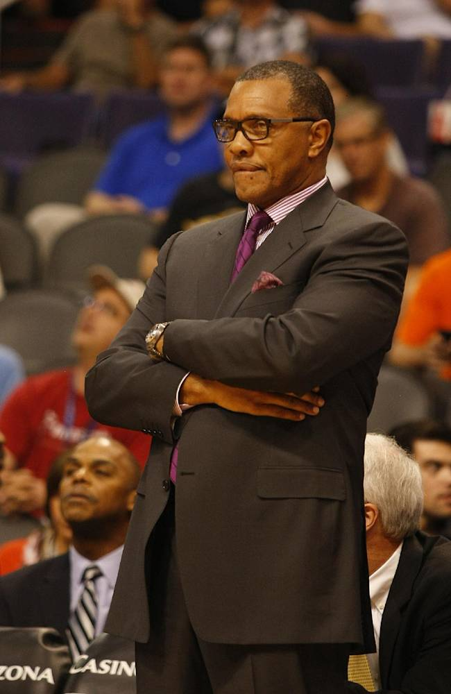 Los Angeles Clippers Associate Head Coach Alvin Gentry in the third quarter during an NBA preseason basketball game against the Phoenix Suns on Tuesday, Oct. 15, 2013, in Phoenix. Los Angeles Clippers head coach Doc Rivers did not come out for the second half of the game