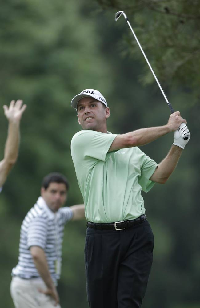 Kevin Sutherland takes Champions Tour lead
