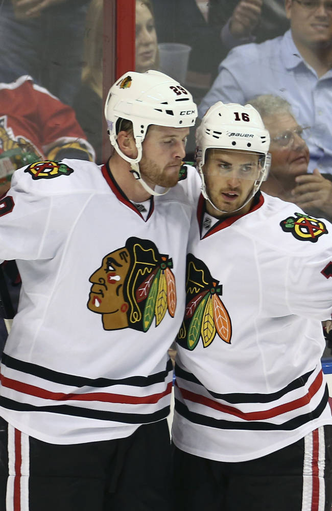 Sharp scores in SO, Blackhawks top Panthers 3-2