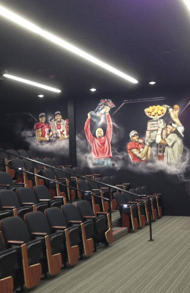 Stanford unveils new football facility