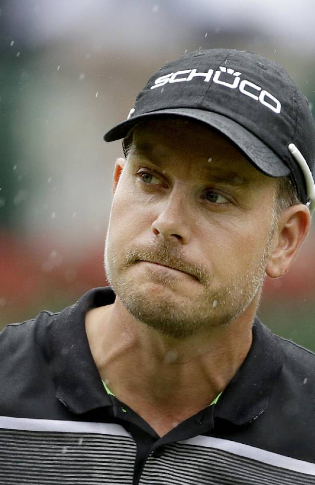Stenson takes 4-shot lead into Sunday at East Lake