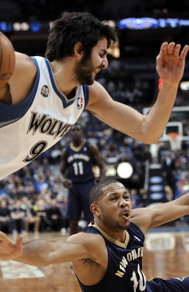 Balanced Wolves roll Pelicans, 124-112