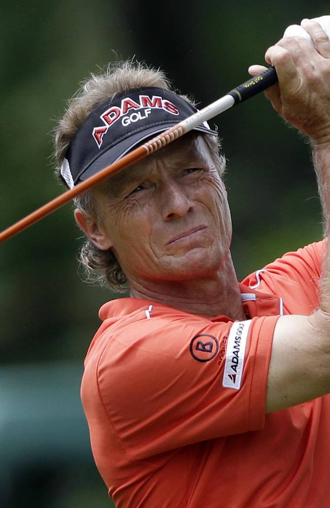 Langer wins Champions opener by 3 strokes