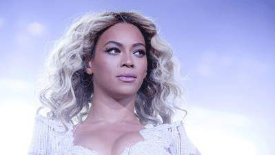 Stars Marvel at Beyonce's Record-Setting Album