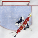 Florida Panthers' Roberto Luongo reacts after giving up a goal to Philadelphia Flyers' Jakub Voracek, of the Czech Republic, during the second period of an NHL hockey game, Thursday, Dec. 18, 2014, in Philadelphia The Associated Press