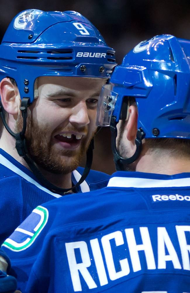 Canucks rally past Sabres for 4-2 victory