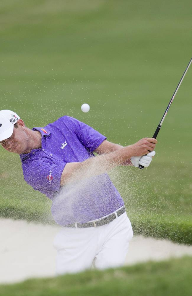 Chris Kirk moves into the lead at Sony Open