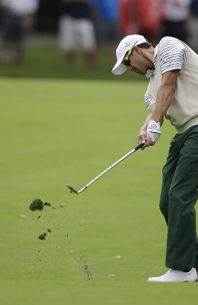 Masters champ Scott wins PGA Grand Slam of Golf