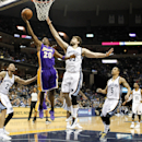 Lee scores 18 as Grizzlies beat Lakers, 108-103 The Associated Press