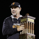 Bruce Bochy has the postseason touch with Giants The Associated Press