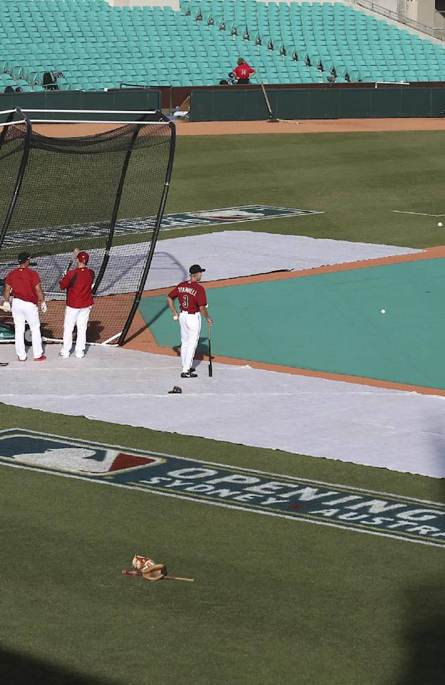 The Arizona Diamondbacks train at the Sydney Cricket Ground in Sydney, Friday, March 21, 2014, before playing Team Australia in an exhibition game. Major League Baseball will open their season Saturday in Sydney with the Los Angeles Dodgers taking on the Diamondbacks