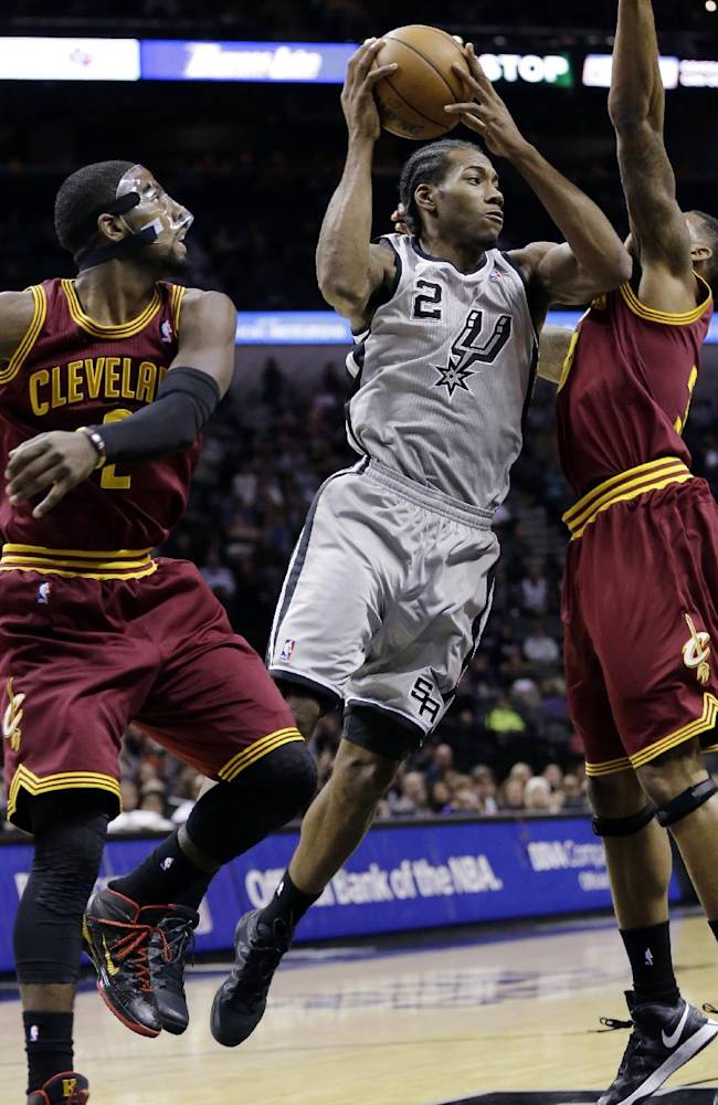 Spurs crush Cavaliers 126-96
