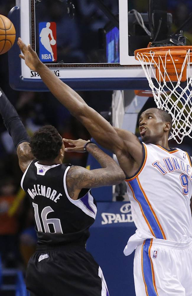 Durant scores 30, leads Thunder past Kings