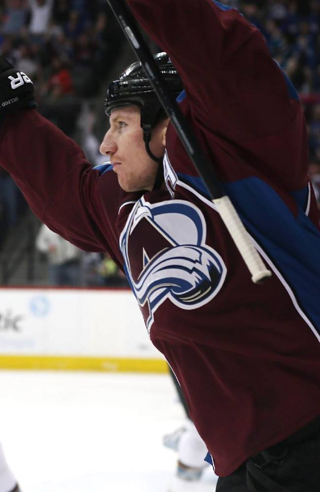 Avalanche make playoffs with 3-2 win over San Jose