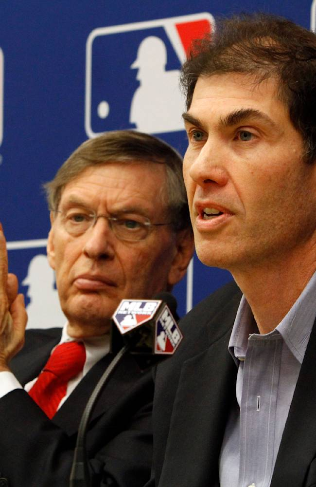 Union head Weiner's funeral draws Selig, A-Rod