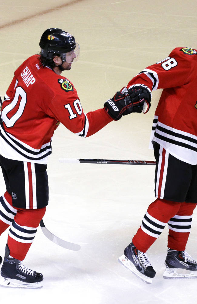 Blackhawks' biggest stars step up in NHL playoffs
