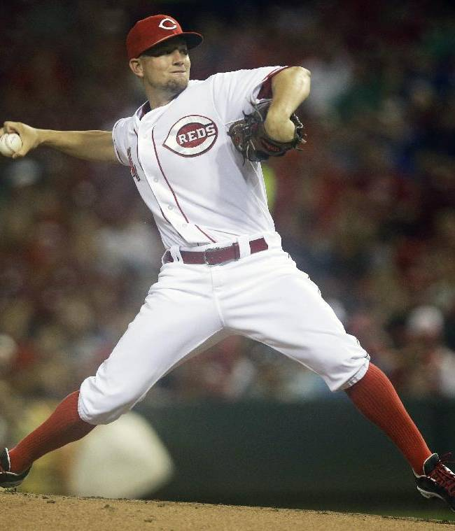 Leake leads Reds over Braves 1-0